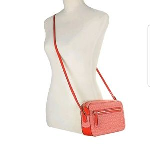 Coach 25043 Poppy Signature C Crossbody Bag Purse